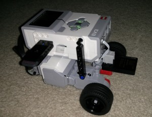 skid_steer_lego_ev3_robot_with_xgl1300l_gyro