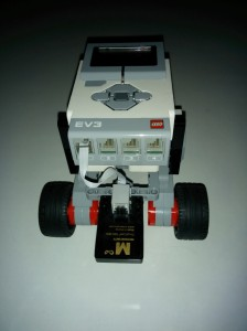 LegoEv3RobotWithCable