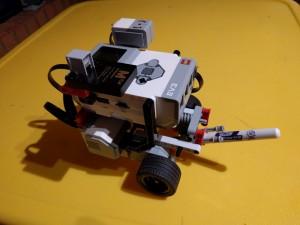TicTacToeEv3Robot